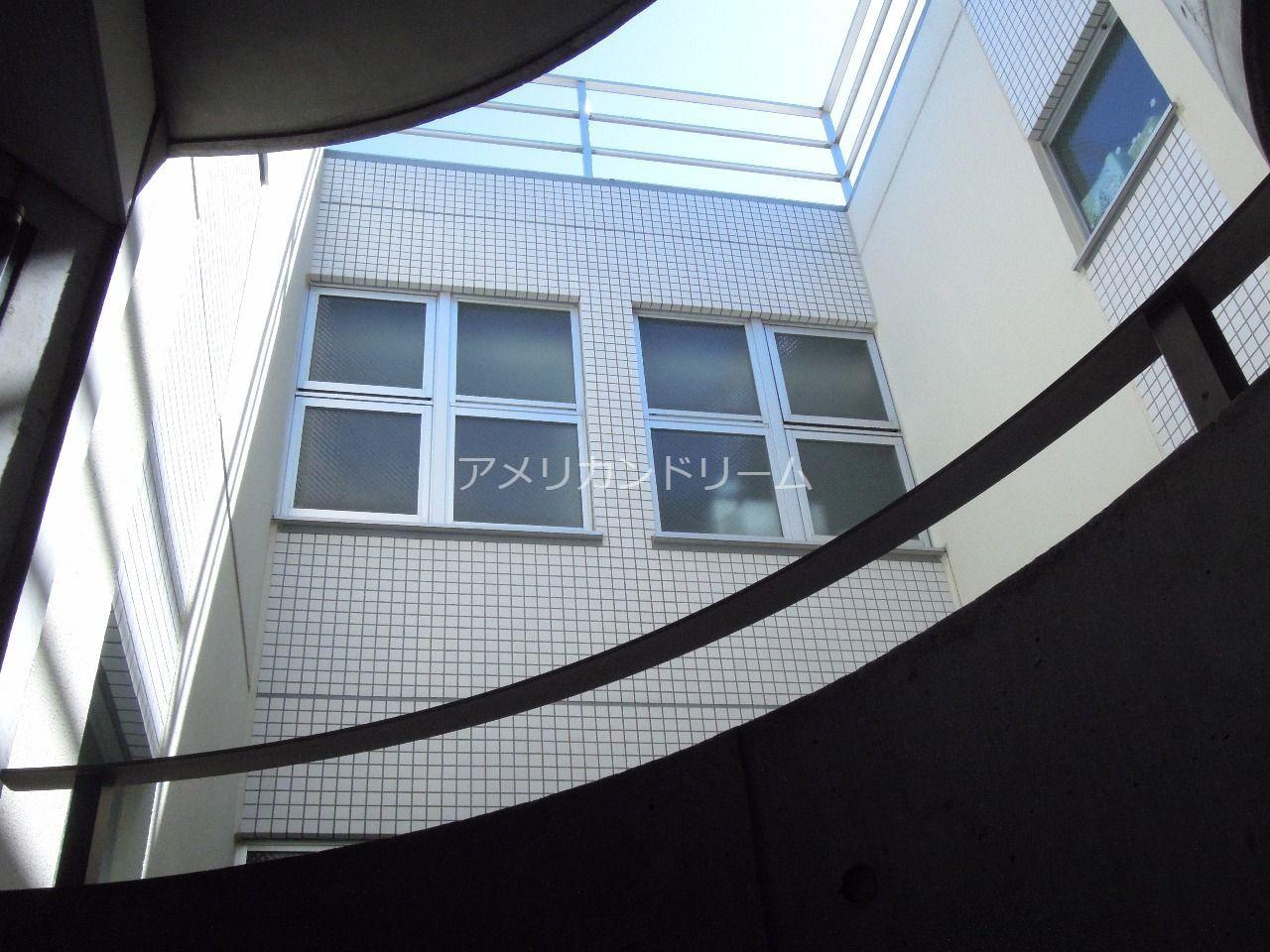 階段のあるマンション好きですか 表紙
