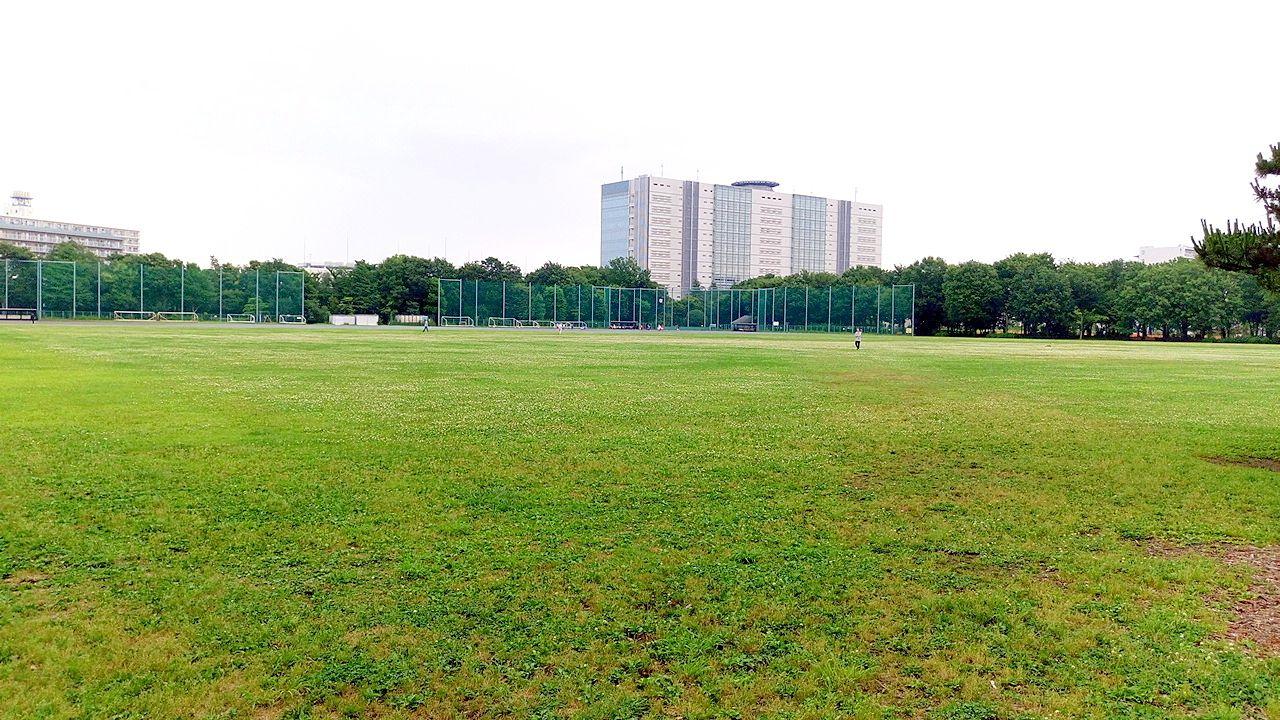 武蔵野中央公園は三鷹駅からバスで行けます