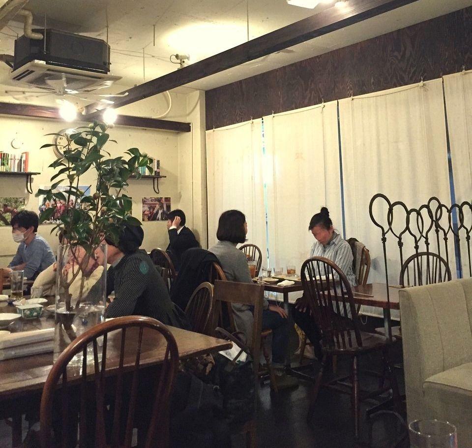 三鷹中央通り商店街内リトルスターレストラン