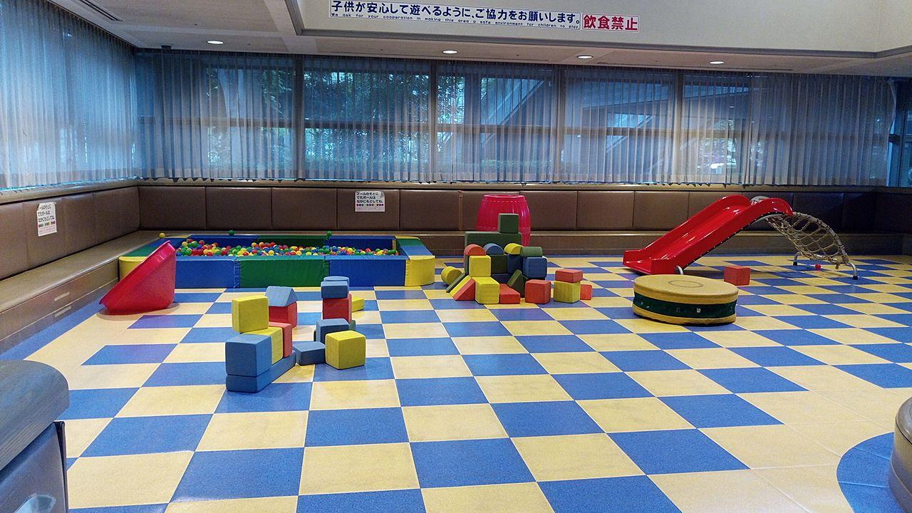 暑いとき、寒いとき子どもと一緒に遊べるスペースは意外に少ないですね