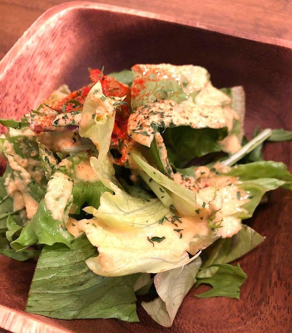 吉祥寺の肉料理専門店バルルのサラダ