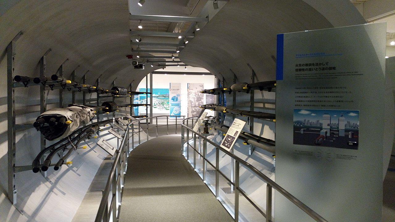 NTT技術史料館の2階はアクセスとターミナルのひろば