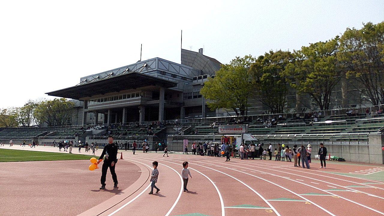 武蔵野桜まつりは陸上競技場解放