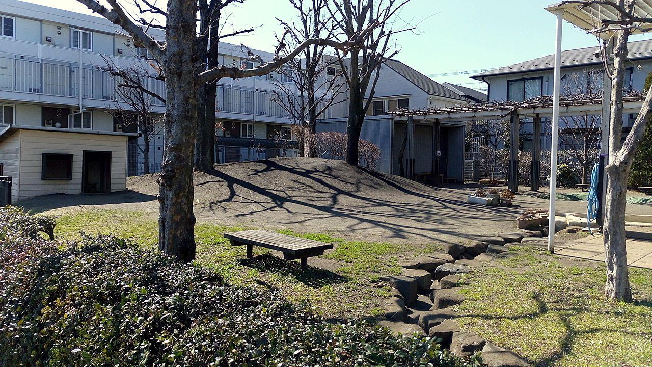 0123はらっぱの前は武蔵野中央公園