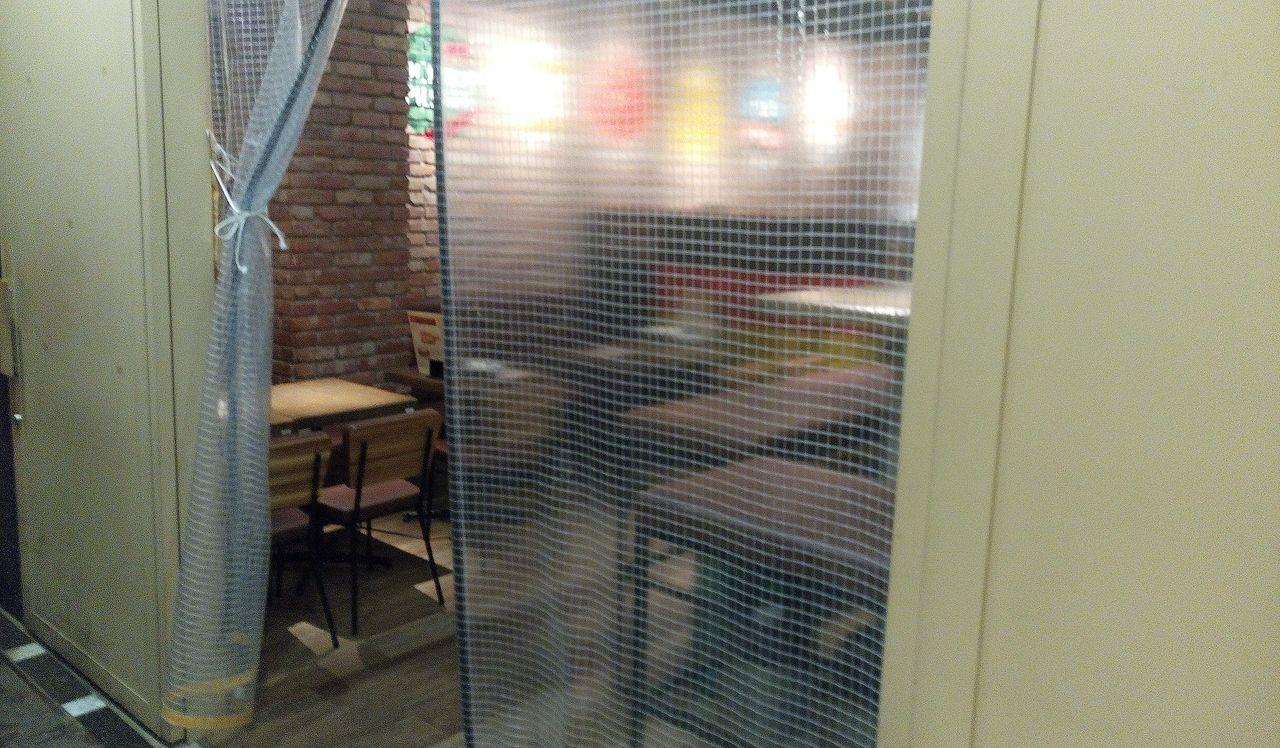 吉祥寺のユニクロの横クラフトドイツビールの店
