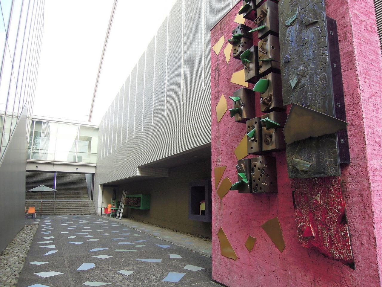 三鷹市芸術文化センター 全部見てくださいツアー