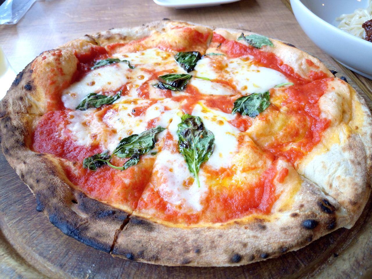 やっぱりマルゲリータは食べたいメニューの一つ、トスカーナ