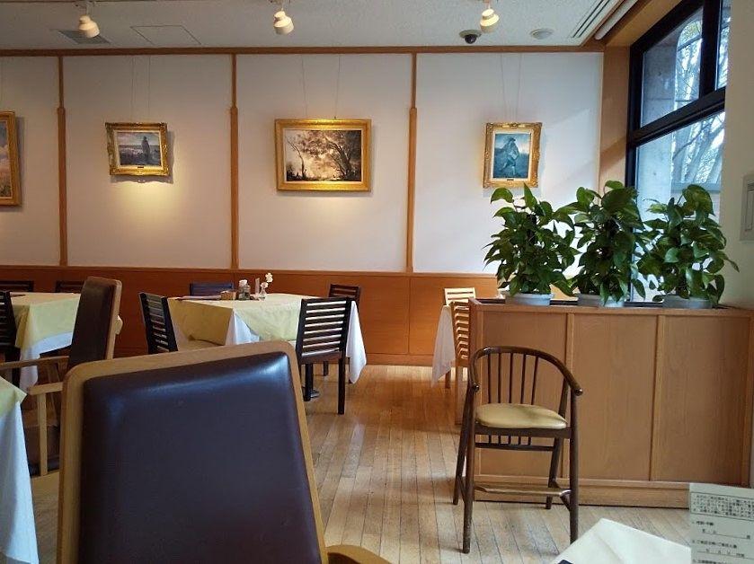 山梨県立美術館内のレストラン