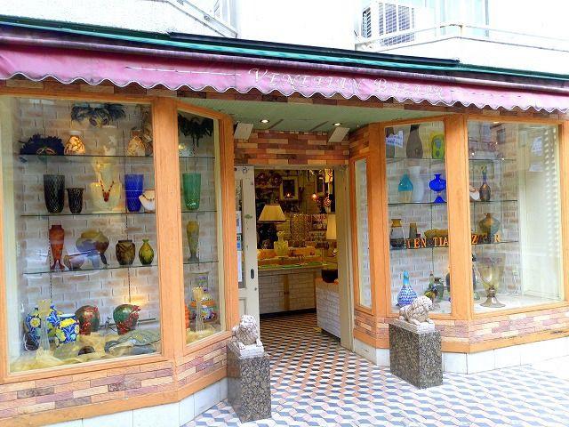 吉祥寺中道通りにあるベネチアンバザーは直輸入の商品が魅力的