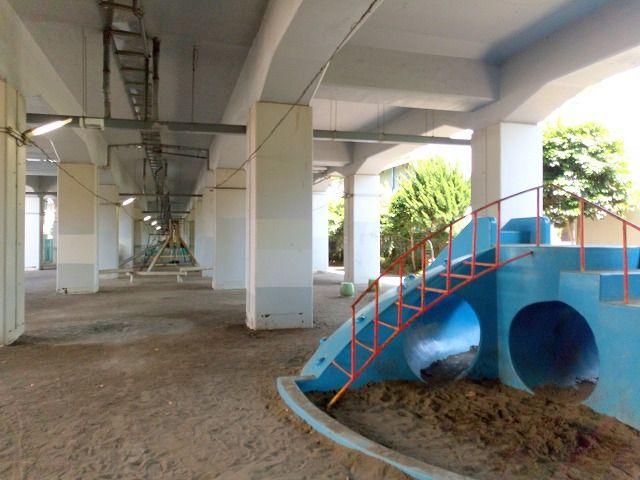 JRの高架下にある中央高架下公園